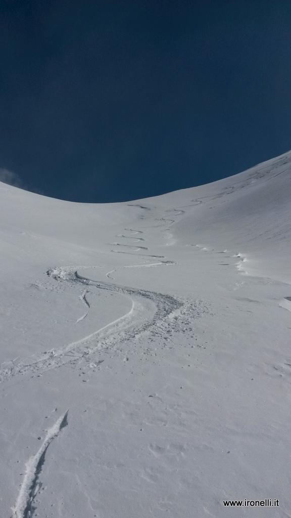 Serpentine invernali a Pasqua su cima Ombrettola