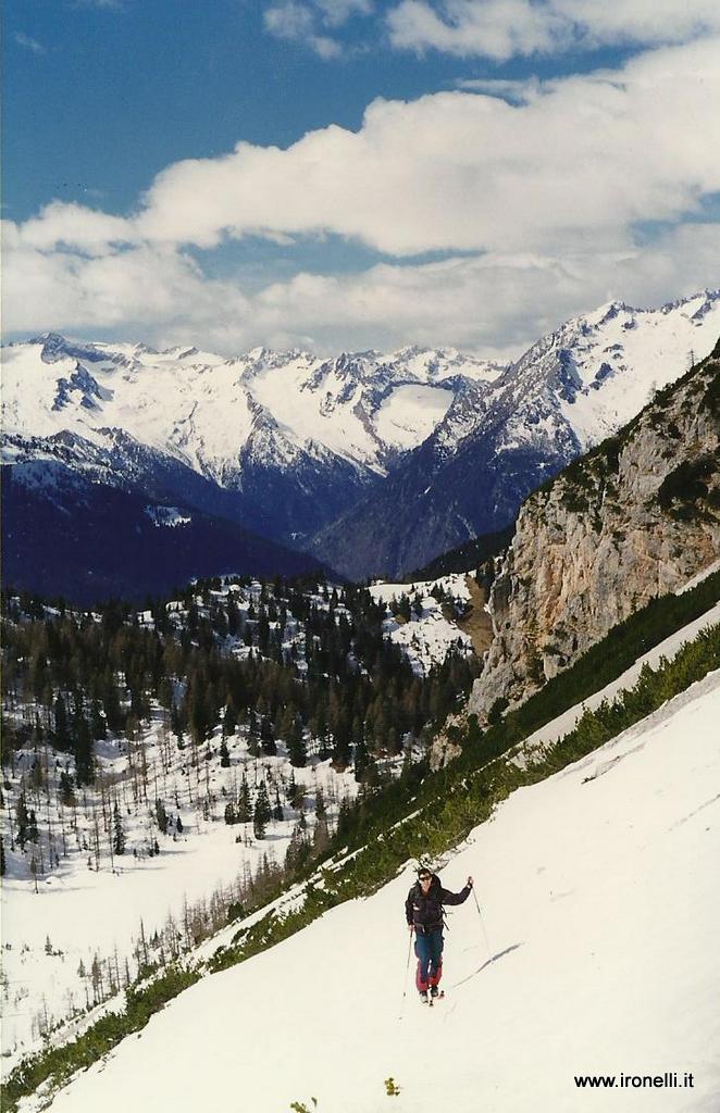 Salita alla Bocca dei Camosci Brenta 1998