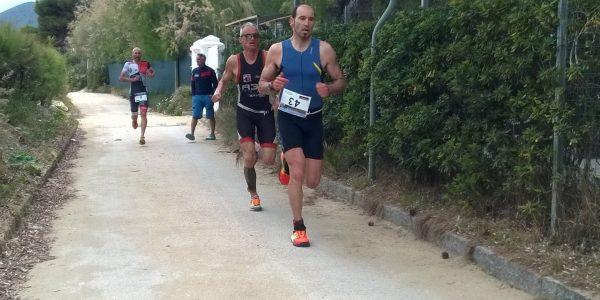 Triathlon Cross sprint Capoliveri: battaglia di corsa
