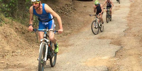 Triathlon Iron Cross Capoliveri: partenza bike