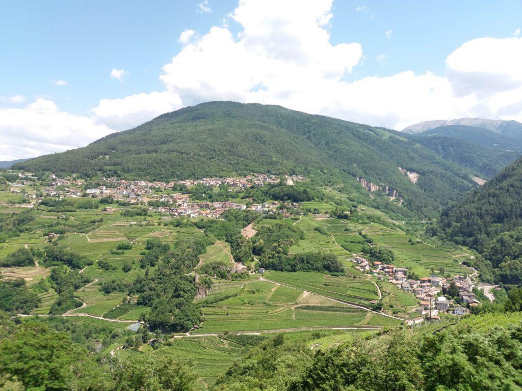 Vista del Castello di Segonzano lungo il DurerWeg