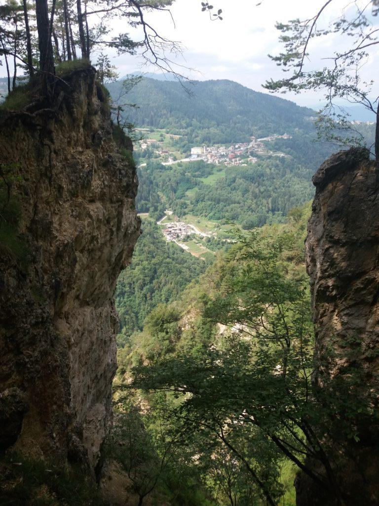 Vista di Centa dal sentiero dell'Ancino