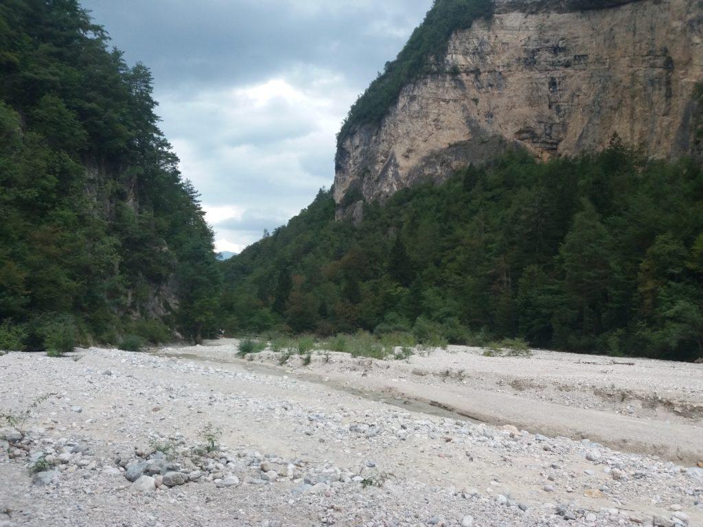 Il greto del torrente Centa