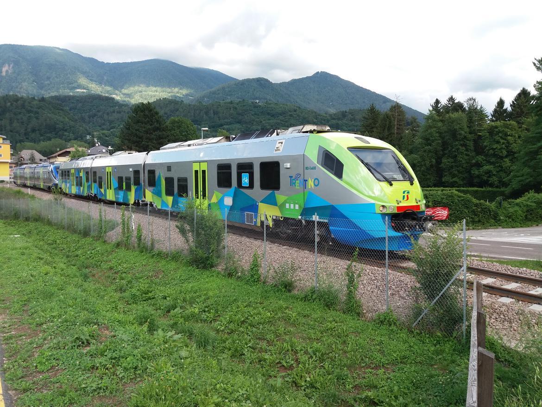 Minuetto Trentino Trasporti livrea trasporto provincia Trento