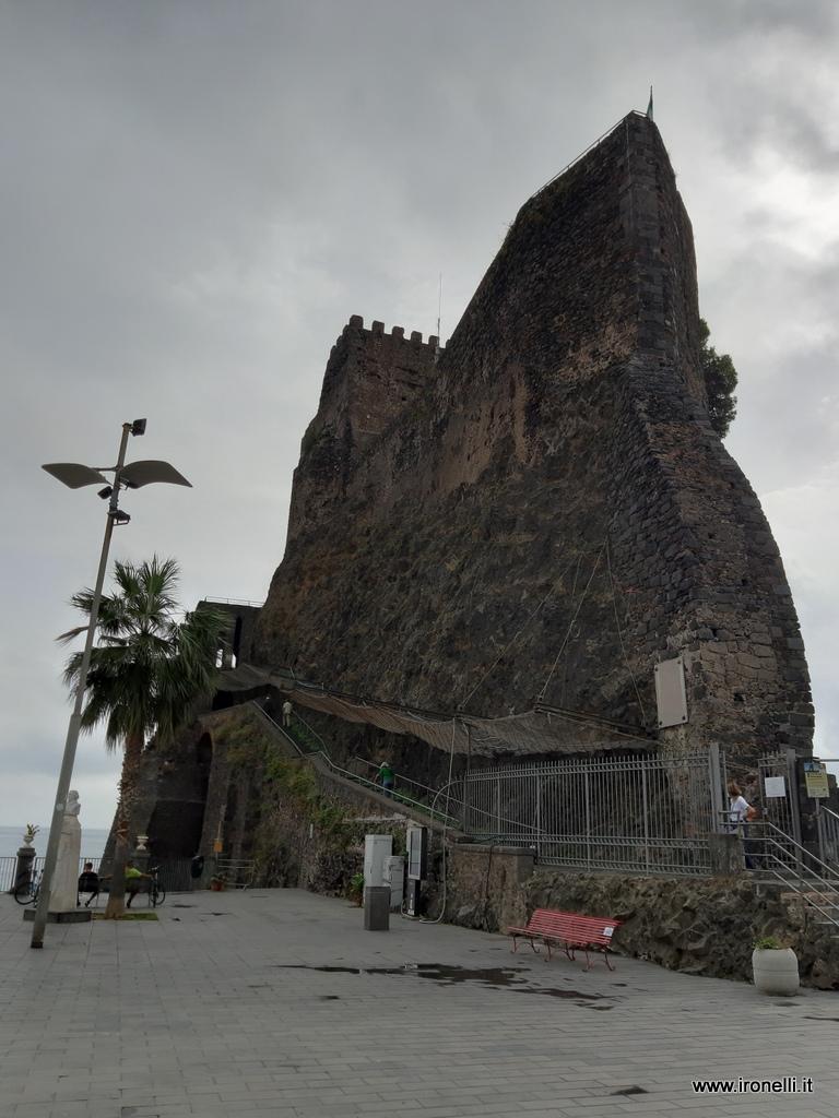 La rocca di Acicastello